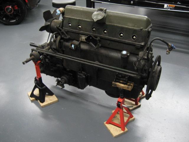 15 Six: Dépose moteur pour révision